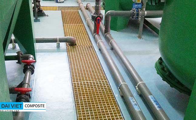bọc phủ composite FRP khu vực máy ép bùn và khuấy trộn hóa chất